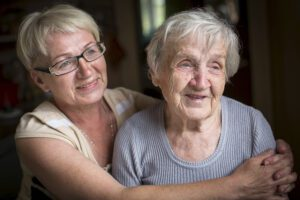 Elder Care Massapequa NY - What Are the Five Key Indicators That Your Mom Isn't Okay Living Alone?
